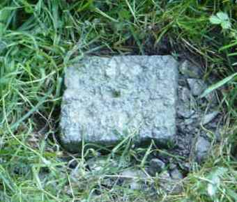 Granit-Markstein